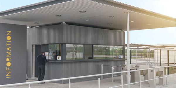 Containerpfoertnerhaus flexibel umziehbar