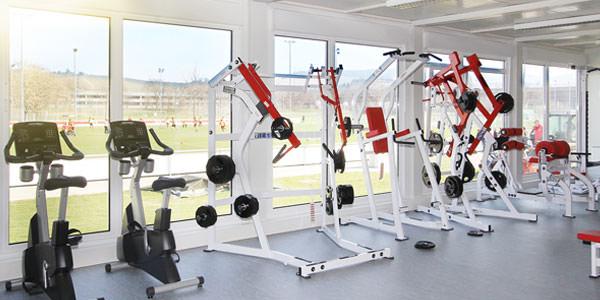 Containergebaeude für Sport-/ Fitnessgebaeude